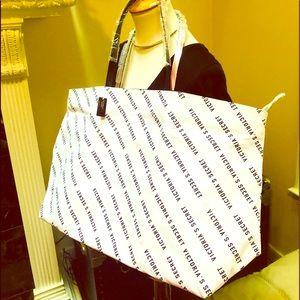 NWT Victoria's Secret Tote Bag 💗